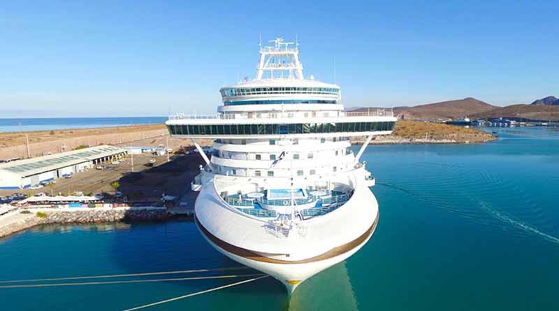 La Paz recibe a más de 3800 turistas con la llegada de dos cruceros