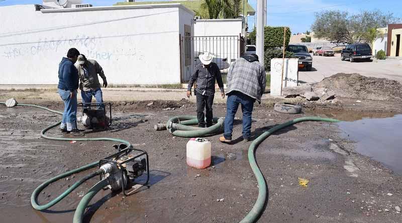 Resultan afectadas obras de Fidepaz a cargo de SEPUIT por fuga en las redes de agua