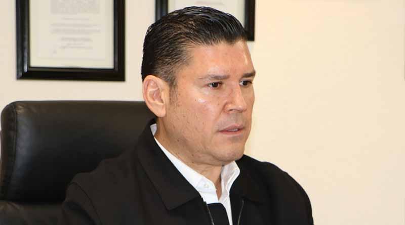 Padres de familia y autoridades juntos por la protección a menores de edad: Álvaro de La Peña