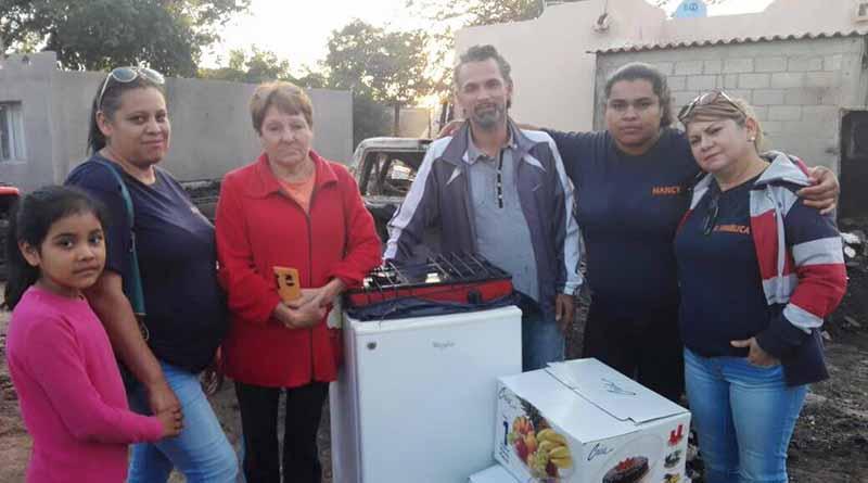 Entrega Apoyos a Familia Que Sufrió Incendio de Vivienda en López Mateos
