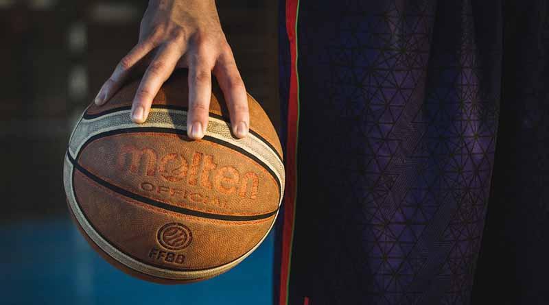Soles gana en tiempo extra a Abejas en basquetbol mexicano