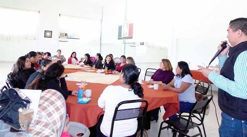 DIF Municipal Imparte Taller a Promotores Voluntarias del 17 Regimiento de Caballería Motorizada