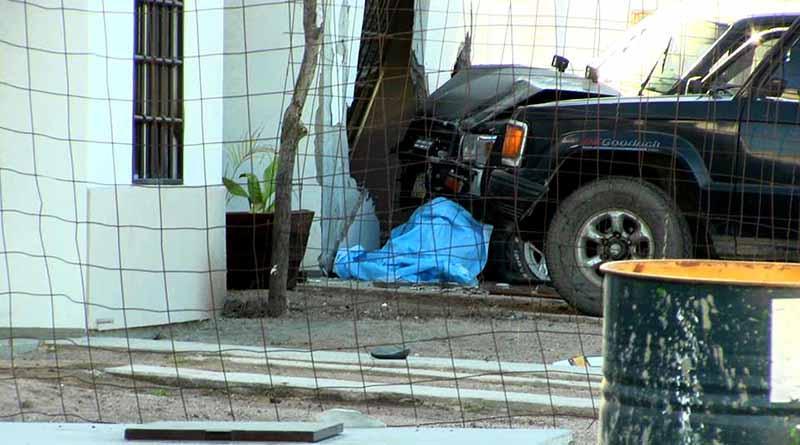 Muere mujer atropellada por vehículo que tras choque impactó su casa en La Paz