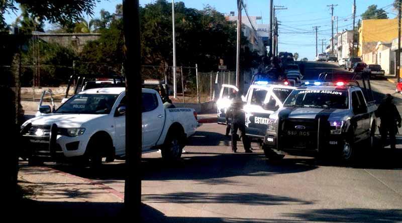 Ejecutan a un hombre dentro de carro en El Chamizal de San José del Cabo