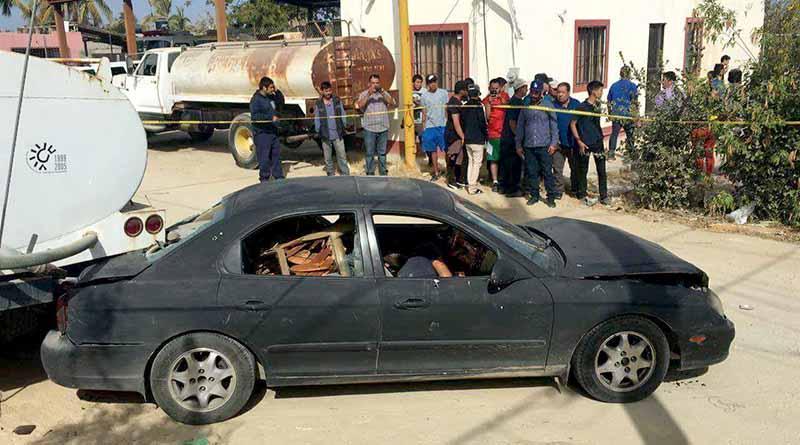 Rafaguean y matan a dos dentro de un carro en El Zacatal