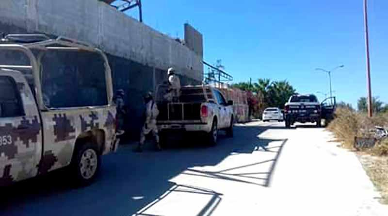 Reportan encobijado decapitado en Hojazen de Cabo San Lucas