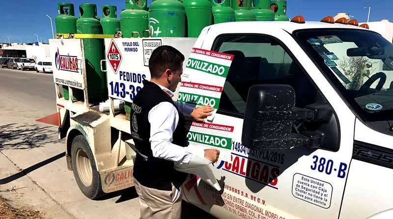 Inmoviliza Profeco camión de gas en CSL por no exhibir precio total