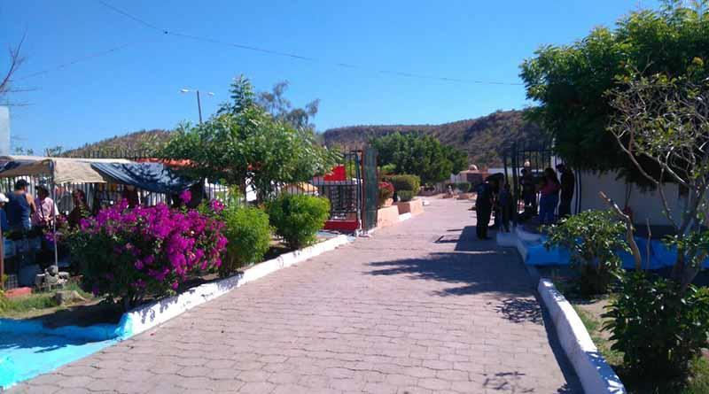 Se queda La Paz sin espacios en panteones