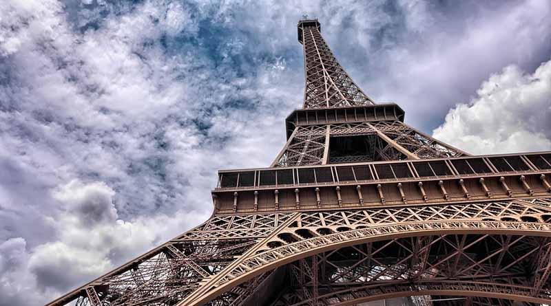 Justicia francesa inculpa a belga en atentados de París