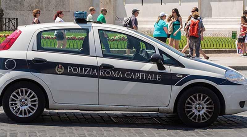 Policía italiana desmantela red que espiaba a políticos y funcionarios