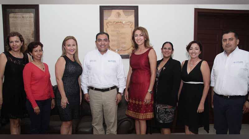 """""""Mesa Directiva de AMMJE Capítulo Los Cabos""""  sostiene reunión con el  presidente municipal"""