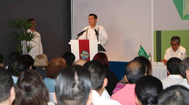 La educación, el arma más importante para cambiar a BCS y a México: Álvaro De La Peña