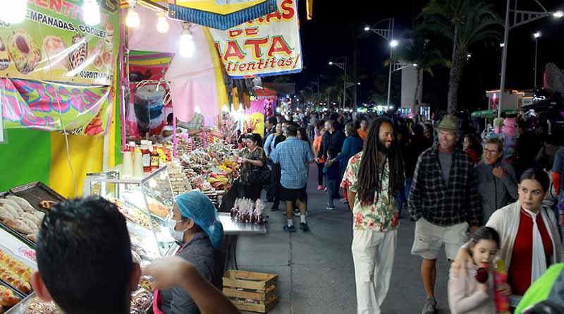 Arranca con éxito el Foro Juvenil el Carnaval de La Paz 2017