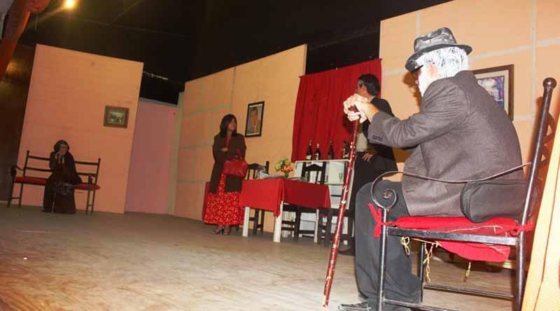 Prepara SEP muestra anual de teatro con el grupo La Hostería