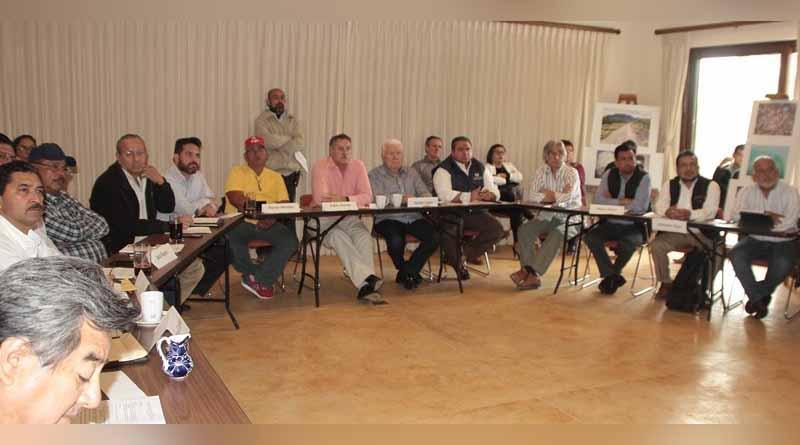 Presentan avances del proyecto de restauración de la ensenada de La Paz