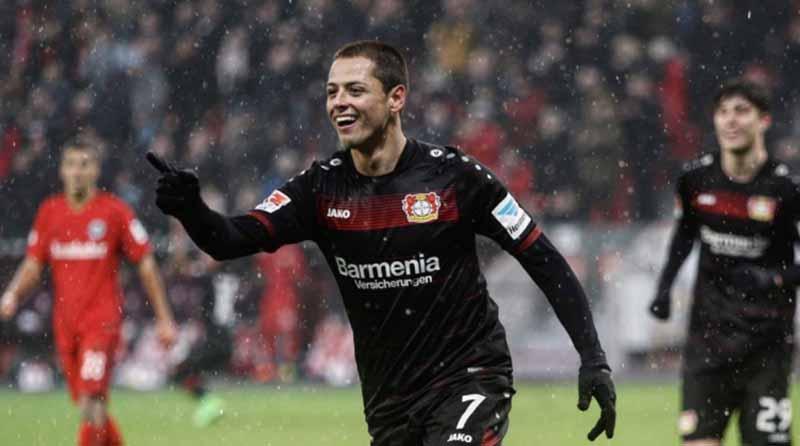 """Bayer y """"Chicharito"""" se alejan más de copas europeas tras derrota con Mainz"""