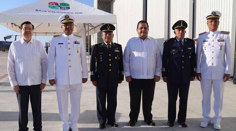 Entrega gobernador Carlos Mendoza otro parque rehabilitado y nueva pavimentación