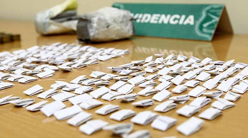 Detienen en San José Viejo a sujeto con casi mil dosis de droga