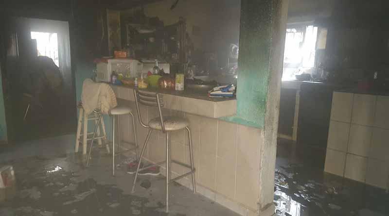 Anciano resulta con quemaduras graves tras explosión por acumulación de gas en La Paz