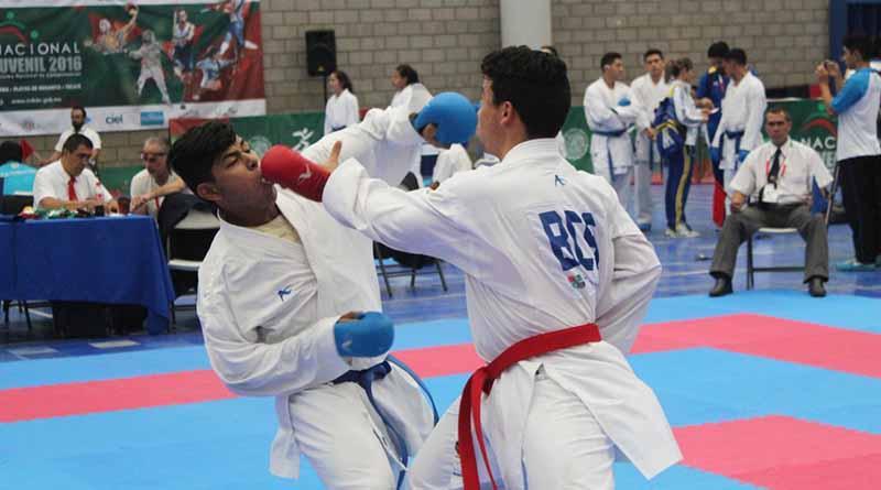 Selección de Karate va por su pase a la Olimpiada Nacional