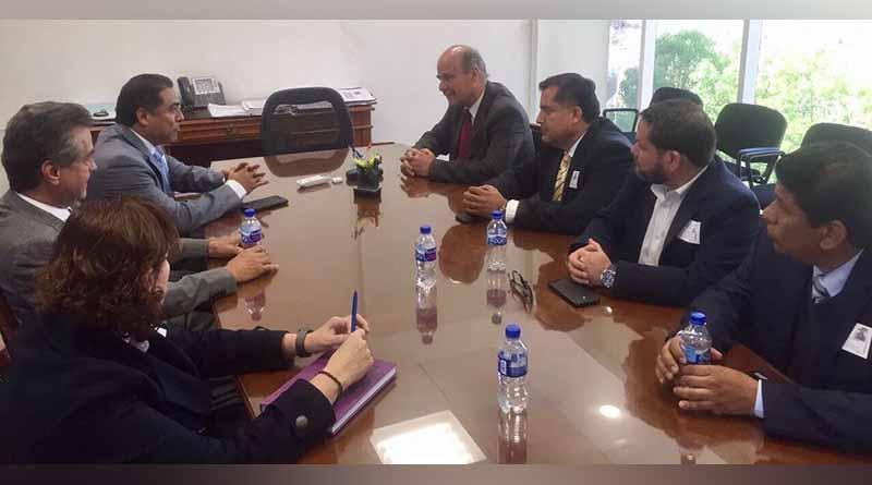 Alcalde de Los Cabos sostiene reunión de trabajo con representante de la auditoría superior de la federación