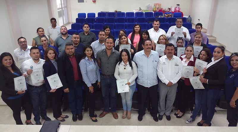Reciben capacitación servidores públicos del ayuntamiento de Los Cabos