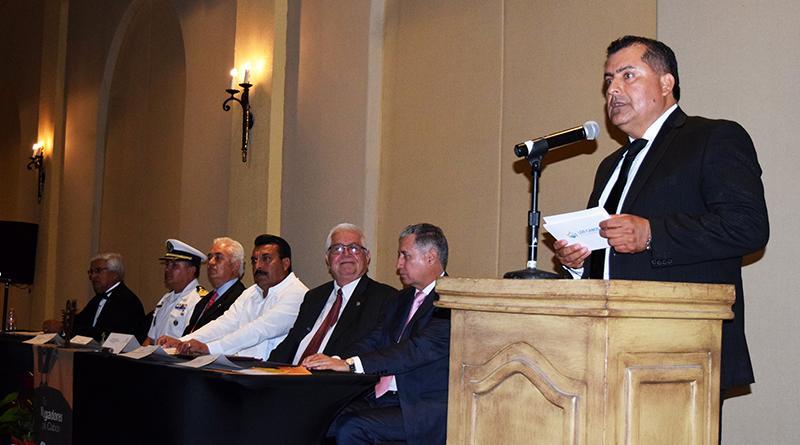 Atestigua Gobierno de Los Cabos cambio de mesa directiva de Grupo Madrugadores y otorgan reconocimiento al forjador 2017