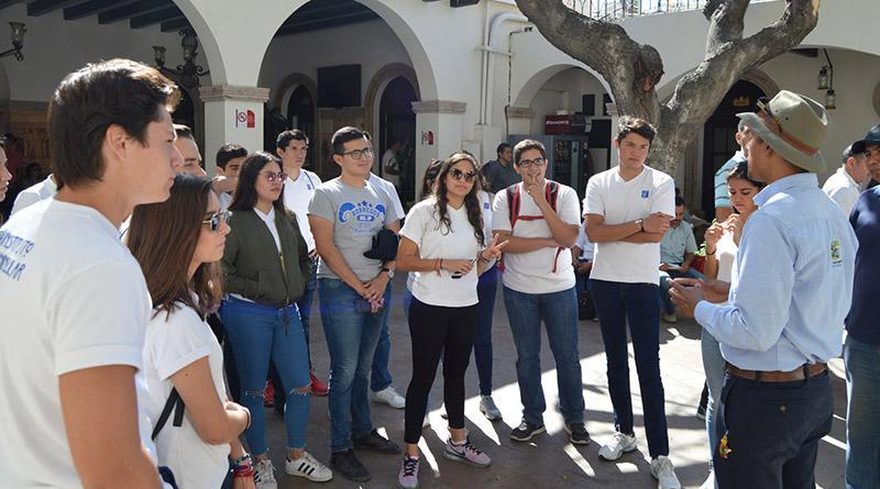 Realizaron recorrido 60 alumnos sanluqueños por el estero y centro de San José Del Cabo