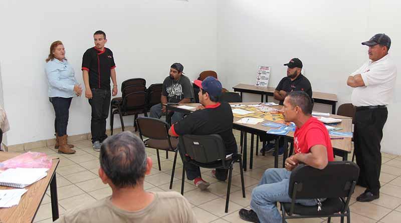 Concluye segundo curso de educación vial para motociclistas