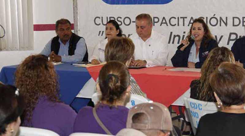 Capacita SEDIF e ICAPTEBCS a personal de Los Cadi