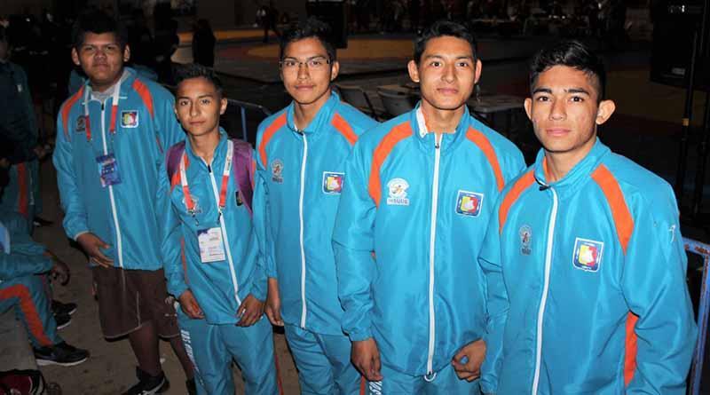 5 clasificados en luchas a Olimpiada Nacional