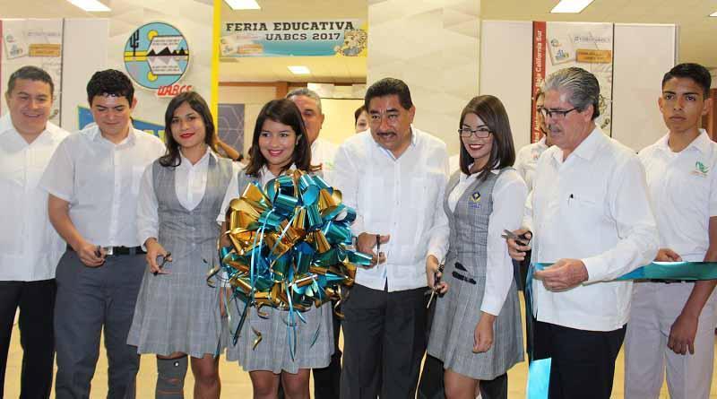 Por una educación integral se vincula a estudiantes de educación media superior al sector productivo: SEP