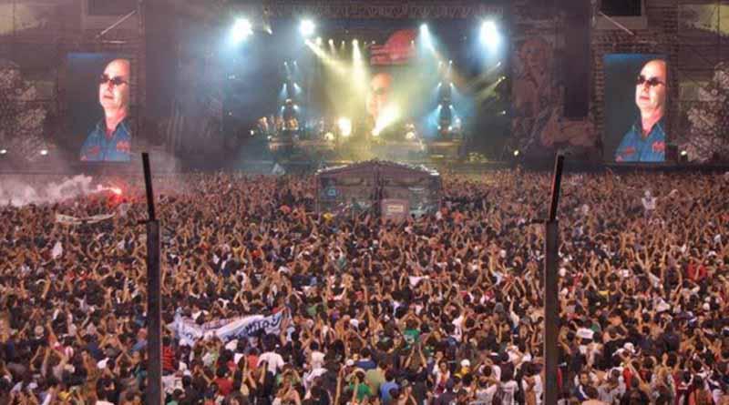 Avalancha humana en recital de rock en Argentina deja dos muertos