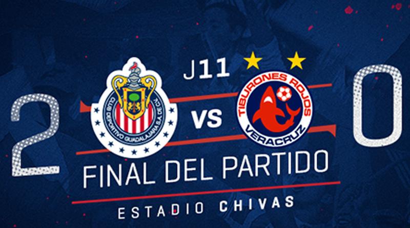 Chivas sufre pero vence 2-0 a Veracruz y recupera liderato general