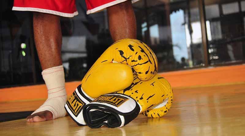 Boxeadores ofrecen entrenamiento público rumbo a histórica función