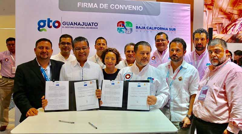 Logra ll Regiduría firma de convenio entre SEP y Fundación Por Un Mundo Libre de Drogas