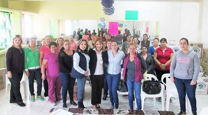 """Inicia DIF Curso de """"Elaboración de Montaje de Mesa de Postres"""" en Col. Pueblo Nuevo"""