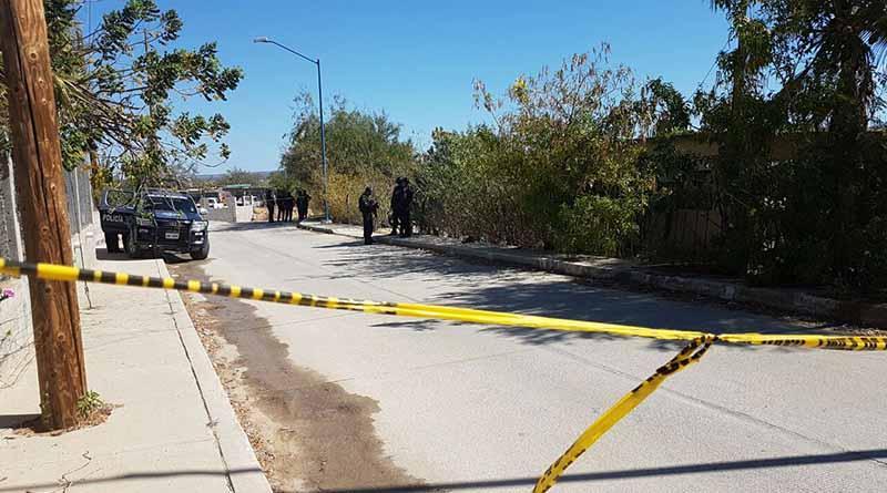 Asesinan a un hombre frente a su esposa en Santa Anita