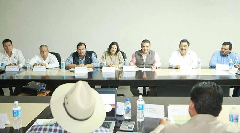 Diputados Federales Impulsan Proyecto de Reconversión Productiva de la Unión de Ejidos
