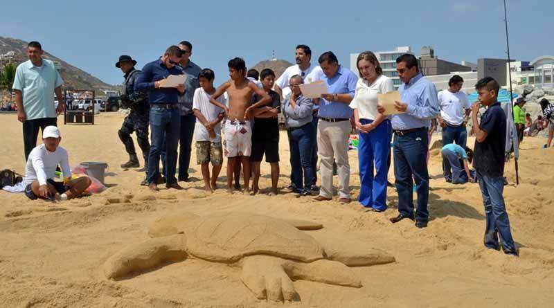 Secretario General premia a ganadores de los concursos de pesca de orilla y esculturas de arena en CSL