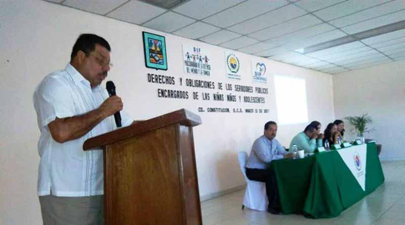 Regidor Placido López Inaugura Taller Sobre Derechos Humanos en Favor de Los Niños