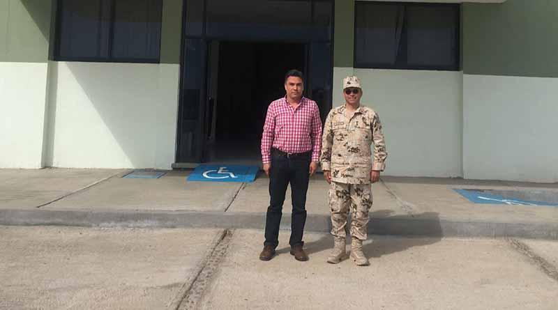 Reuniòn  del Comandante de la Cuarenta Zona Militar y el Presidente de la Junta de Gobierno y Coordinación Política del Congreso del Estado