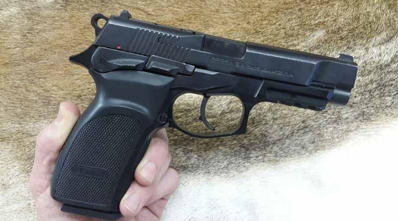 Detienen a dos hombres armados en la invasión de Santa Rosa en SJC