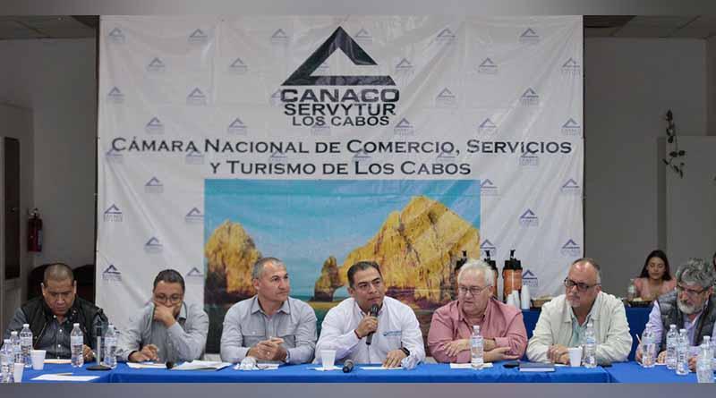 Reconoce cámara nacional de comercio apoyo del gobierno de Los Cabos que encabeza Arturo de La Rosa
