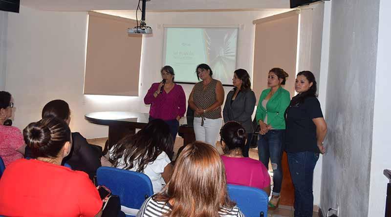Capacitan a mujeres emprendedoras en  Cabo San Lucas