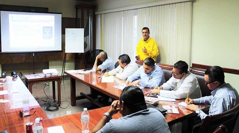 Capacitan a personal de la JEC en  atención de incendios forestales
