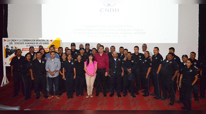 300 Elementos de seguridad pública se capacitan en curso de derechos humanos de la CNDH