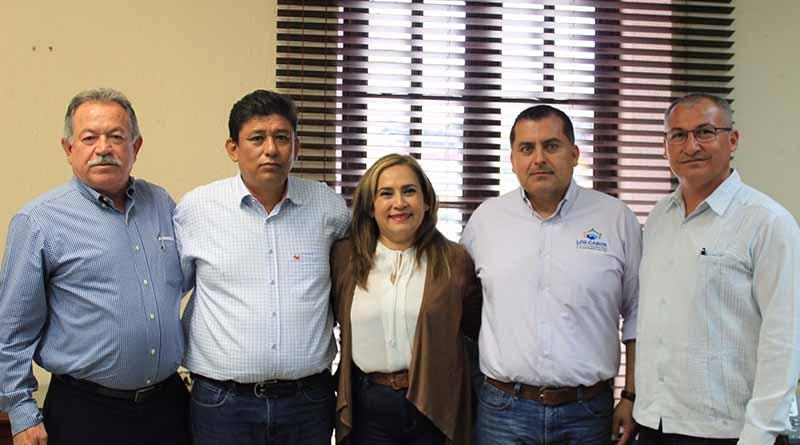 Asume María Elena Camacho responsabilidad en tesorería municipal: Alberto González