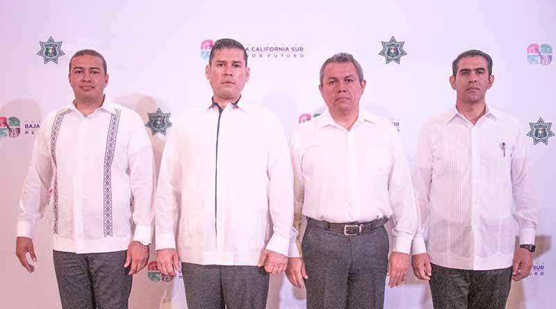 Designa gobernador del estado a nuevo comisario de la policía estatal preventiva en BCS