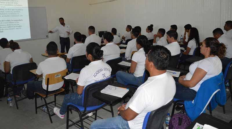 Inician 30 aspirantes curso de Formación Inicial para Policía Estatal